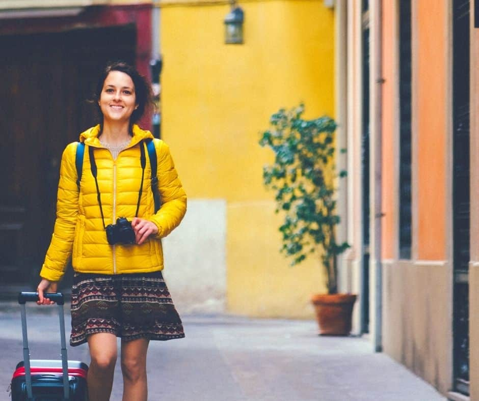 how to find teaching job in spain
